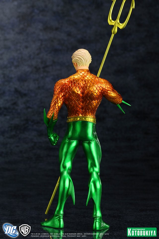 NEW 52 : Aquaman DC_Comics_Aquaman_New_52_Justice_League_ARTFX__Statue6