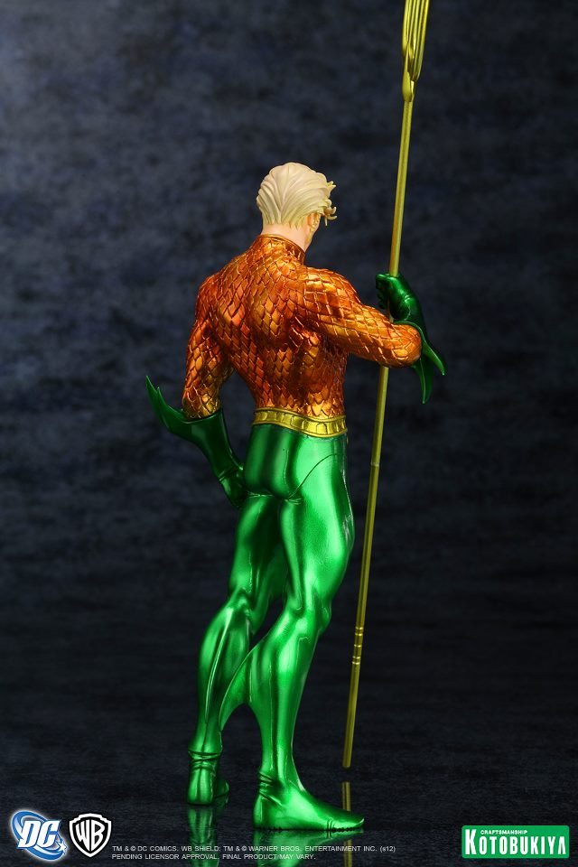 NEW 52 : Aquaman DC_Comics_Aquaman_New_52_Justice_League_ARTFX__Statue7