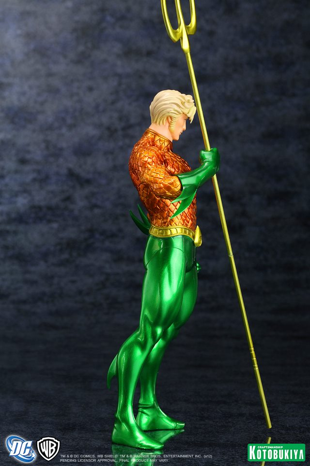 NEW 52 : Aquaman DC_Comics_Aquaman_New_52_Justice_League_ARTFX__Statue8