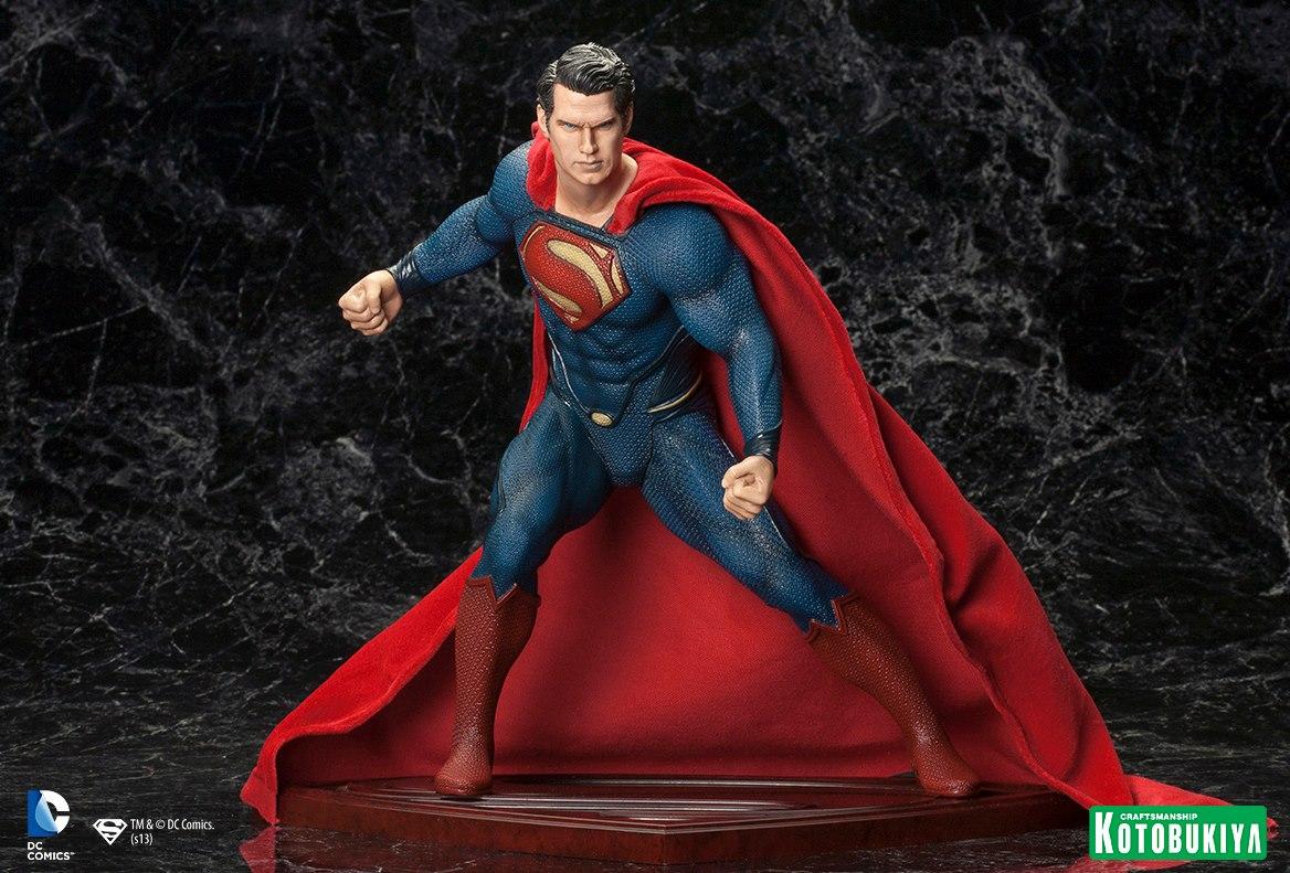 MAN OF STEEL : Superman (ARTFX Statue) Man_of_Steel_Superman_ARTFX_Statue_1