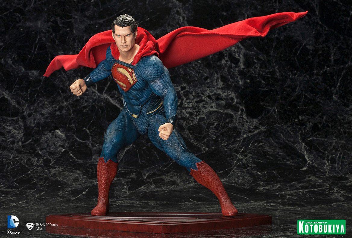MAN OF STEEL : Superman (ARTFX Statue) Man_of_Steel_Superman_ARTFX_Statue_2