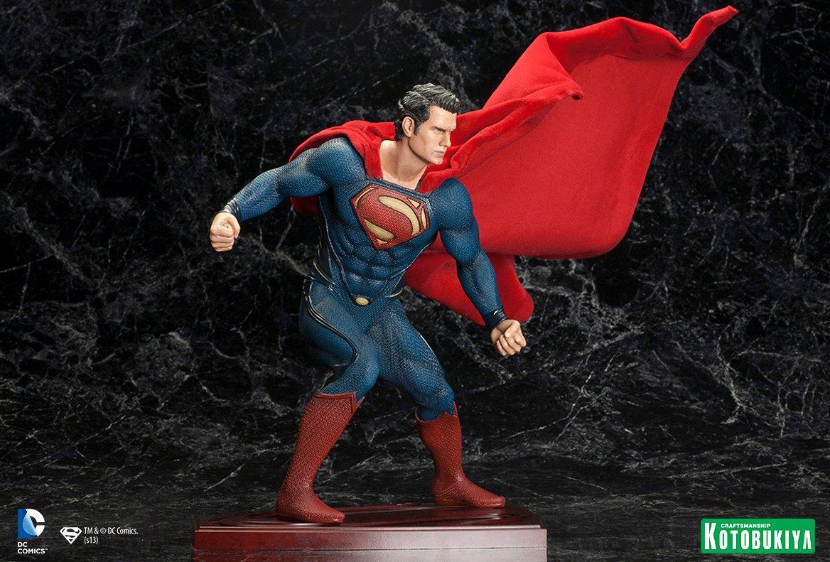 MAN OF STEEL : Superman (ARTFX Statue) Man_of_Steel_Superman_ARTFX_Statue_4