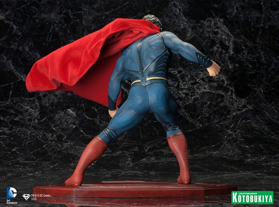 MAN OF STEEL : Superman (ARTFX Statue) Man_of_Steel_Superman_ARTFX_Statue_7