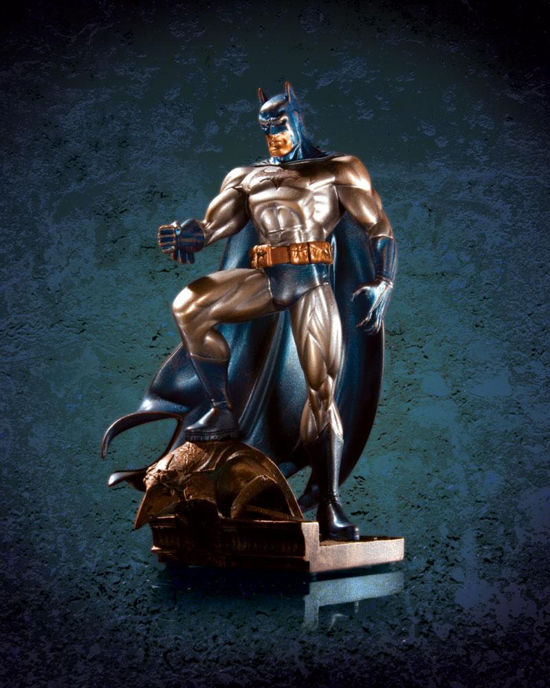 BATMAN (PATINA) MINI STATUE FAUX BRONZE Batman_patina_faux_bronze_mini_statue