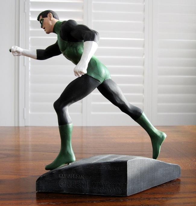 GREEN LANTERN HAL JORDAN STATUE - WILLIAM PAQUET  (1998) - PICS! Green_lantern_hal_jordan_statue_dc_direct_paquet_5