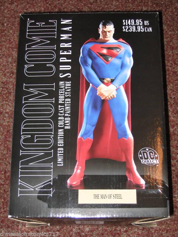 SUPERMAN KINGDOM COME statue par  ALEX  ROSS  /  SHAZAM KINGDOM COME statue par ALEX  ROSS  Superman_statue_kingdom_com
