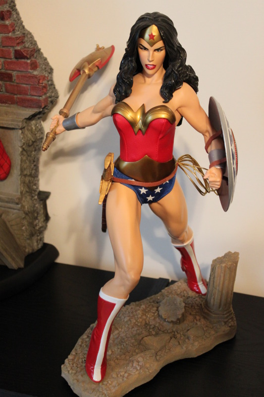 WONDER WOMAN 1:4 SCALE MUSEUM QUALITY STATUE Wonner_woman_museum_statue