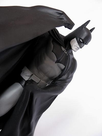 BATMAN BLACK & WHITE #11 : ALEX ROSS Batman_ross1