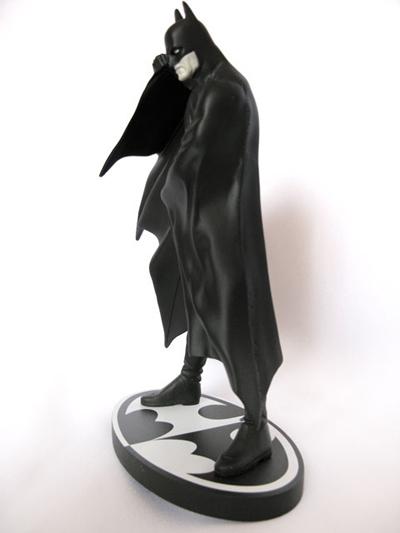 BATMAN BLACK & WHITE #11 : ALEX ROSS Batman_ross10