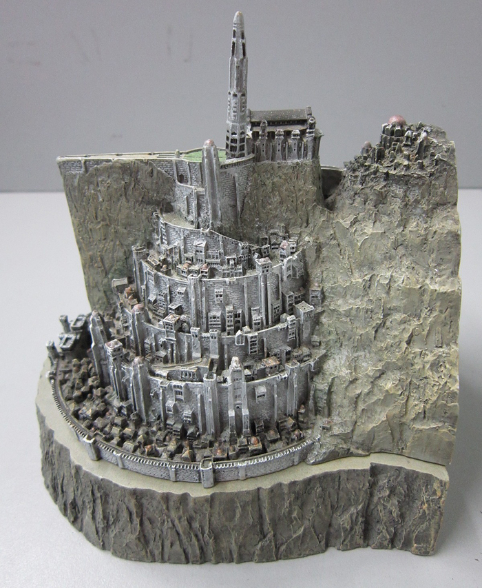 MINAS TIRITH ENVIRONMENT (DVD COLLECTOR BOX SET) MINAS_TIRITH_ENVIRONMENT_WETA.14