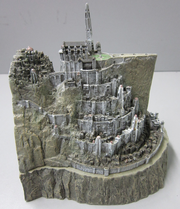 MINAS TIRITH ENVIRONMENT (DVD COLLECTOR BOX SET) MINAS_TIRITH_ENVIRONMENT_WETA.16_