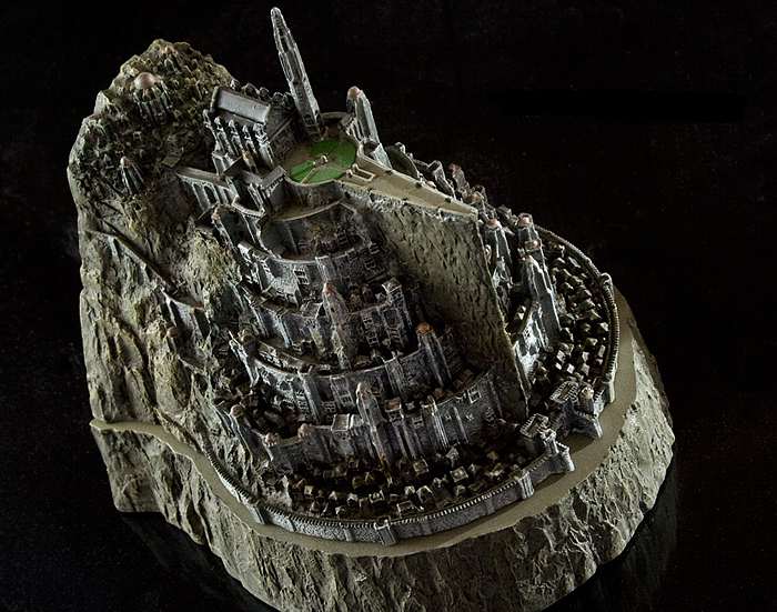 MINAS TIRITH ENVIRONMENT (DVD COLLECTOR BOX SET) MINAS_TIRITH_ENVIRONMENT_WETA_01