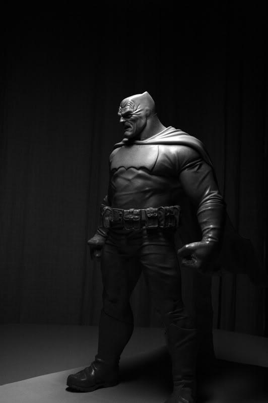 Les travaux de Thiago Provin BatmanFrankMiller-ThiagoProvin17-25
