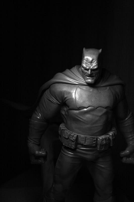 Les travaux de Thiago Provin BatmanFrankMiller-ThiagoProvin17-26