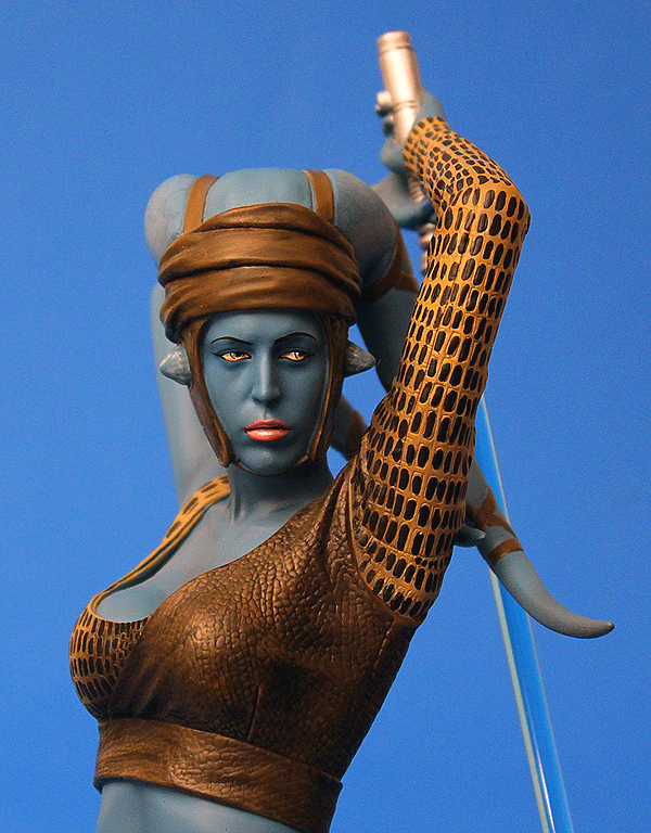 STAR WARS: AAYLA SECURA AOTC MINI BUST AAYLA_SECURA_GENTLE_GIANT_MINI_BUST_04