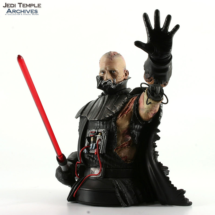 STAR WARS: DARTH VADER THE FORCE UNLEASHED MINI BUST DARTH_VADER_FORCE_UNLEASHED_BUST_03