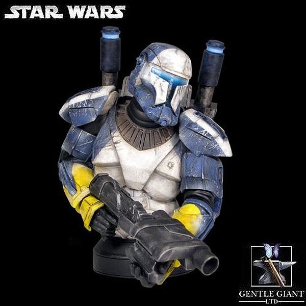 STAR WARS: REPUBLIC COMMANDO SCORCH MINI BUST Gentle_Giant_Republic_Commando_Scorch_Mini_Bust_01