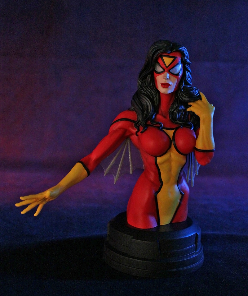 SPIDER-WOMAN MINI BUST GENTLE GIANT SPIDER-WOMAN_MINI_BUST_GENTLE_GIANT_007__Copier_