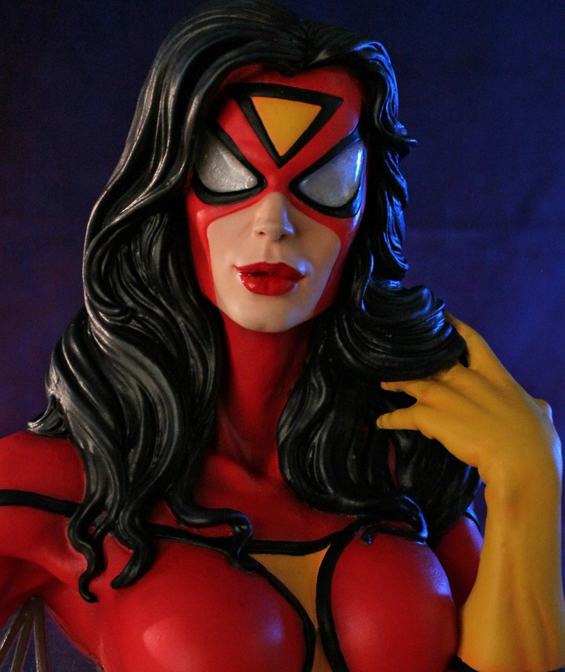 SPIDER-WOMAN MINI BUST GENTLE GIANT SPIDER-WOMAN_MINI_BUST_GENTLE_GIANT_009__Copier_