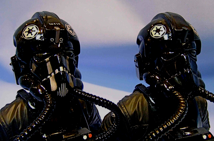 STAR WARS: TIE FIGHTER PILOT ANH MINI BUST TIE_FIGHTER_PILOTGENTLE_GIANT_MINI_BUST_12