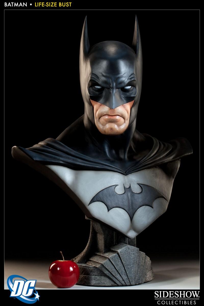 BATMAN LIFE SIZE BUST Batman_400112_press_02__Copier_