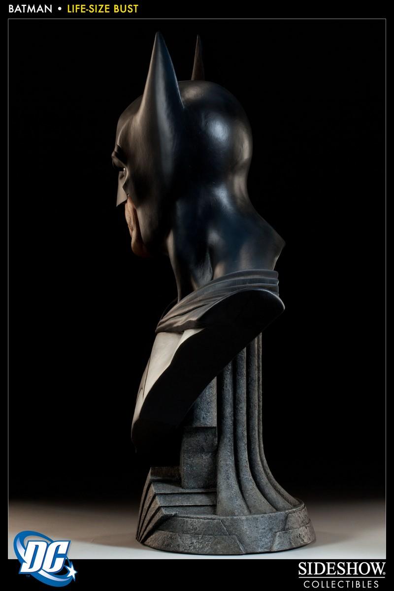 BATMAN LIFE SIZE BUST Batman_400112_press_03__Copier_