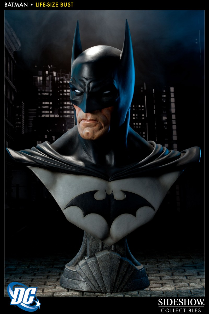 BATMAN LIFE SIZE BUST Batman_400112_press_04__Copier_
