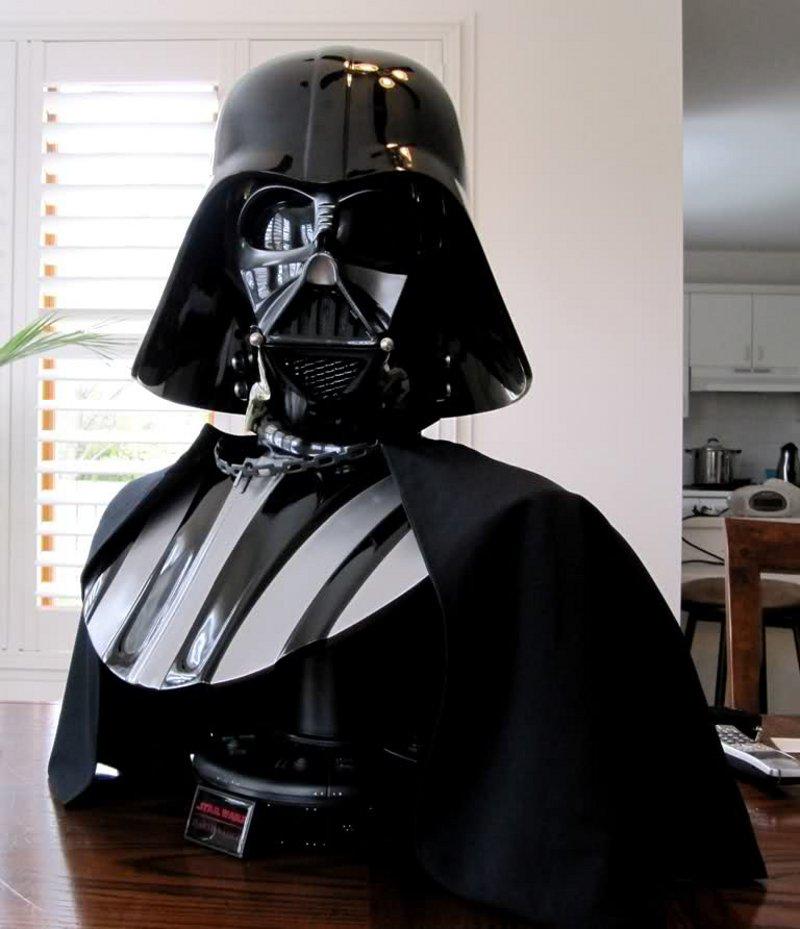 STAR WARS: DARTH VADER Life size bust Darth_Vader_life_size_bust__sideshow_4