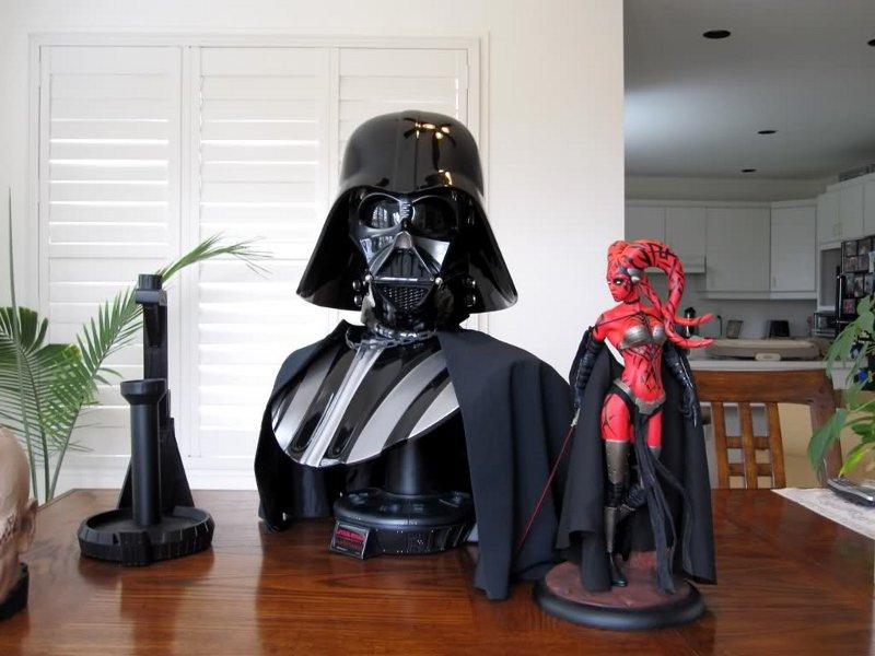 STAR WARS: DARTH VADER Life size bust Darth_Vader_life_size_bust__sideshow_5