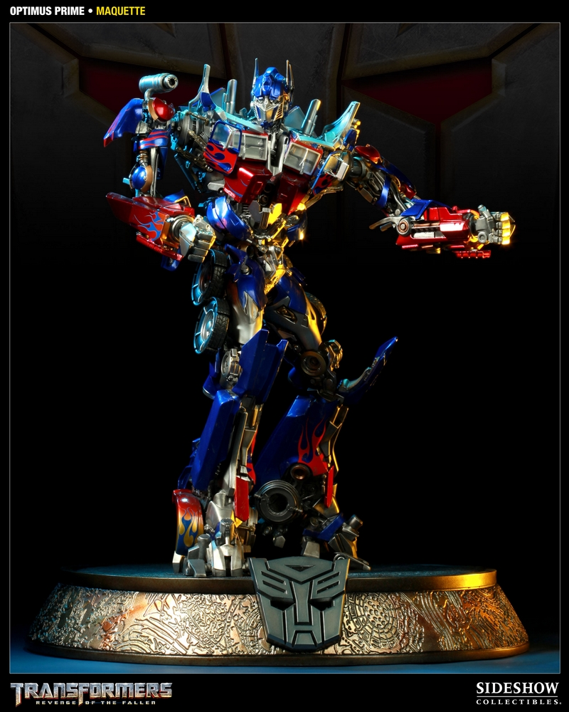 TRANSFORMERS Revenge of the fallen: OPTIMUS PRIME Maquette TRANSFORMERS_REVENGE_OF_THE_FALLEN_OPTIMUS_PRIME_MAQUETTE_400032_press_01__Copier_