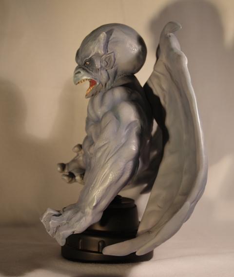 HOMME-DRAGON (Dragon-Man) Bust_bowen_dragon_man_12