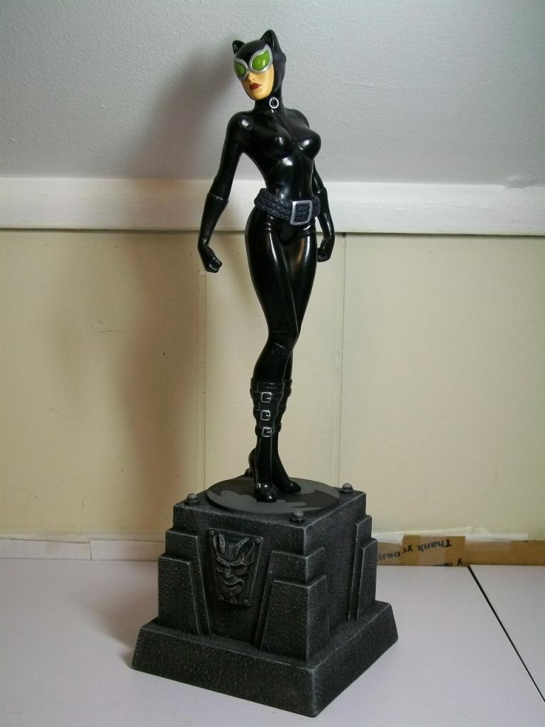 "CATWOMAN ""Jim Lee"" - Statue - Citizenalpha Catwoman_jim_lee"