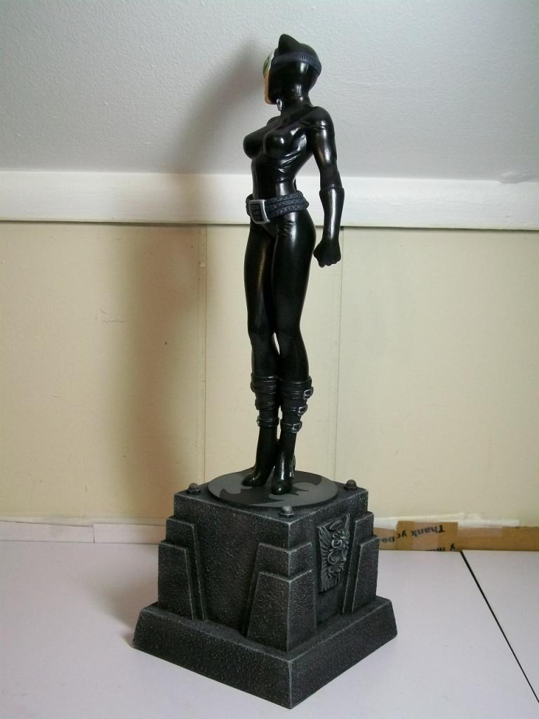 """CATWOMAN """"Jim Lee"""" - Statue - Citizenalpha Catwoman_jim_lee_c"""