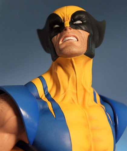 WOLVERINE YELLOW AND BLUE MINI BUST WOLVERINE_GG_6