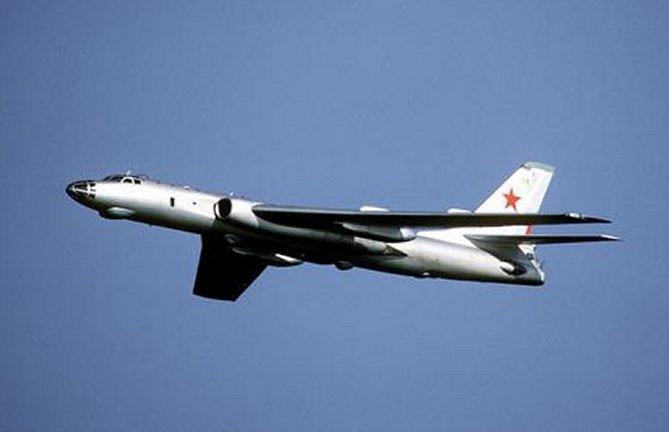 موسوعة القاذفات الاستراتيجية الروسية والامريكية Tu-16_08