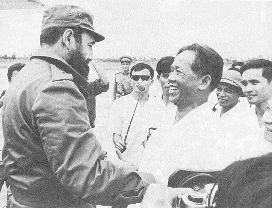Ha muerto Fidel Castro. Leduan-castro