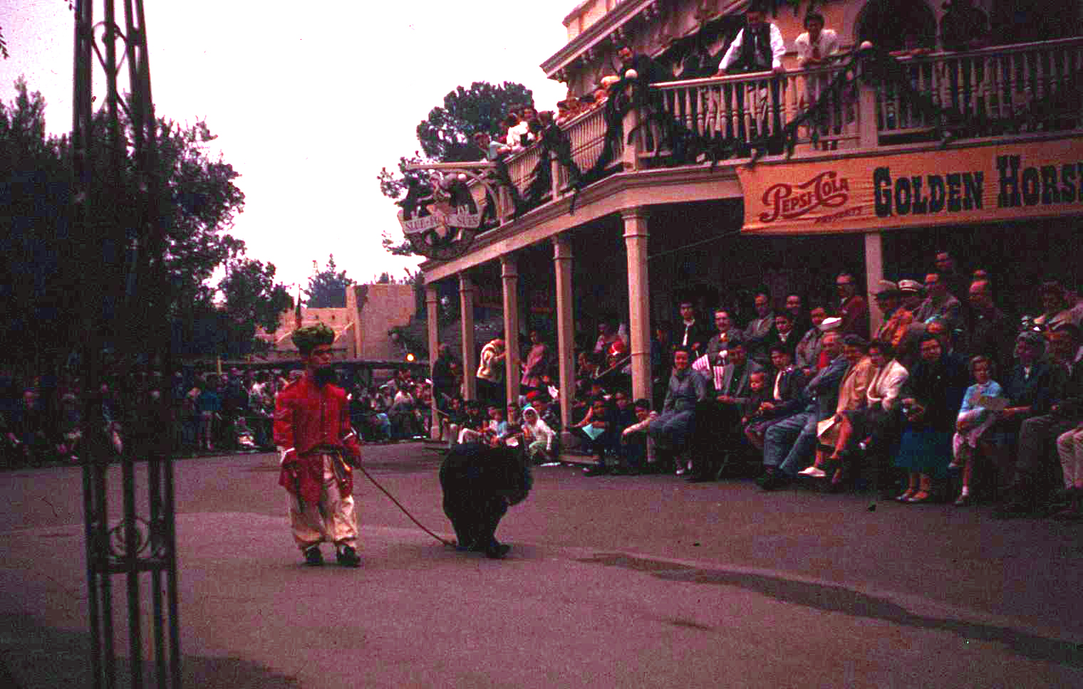 Anciennes Parades des Resorts Américains Christmas22