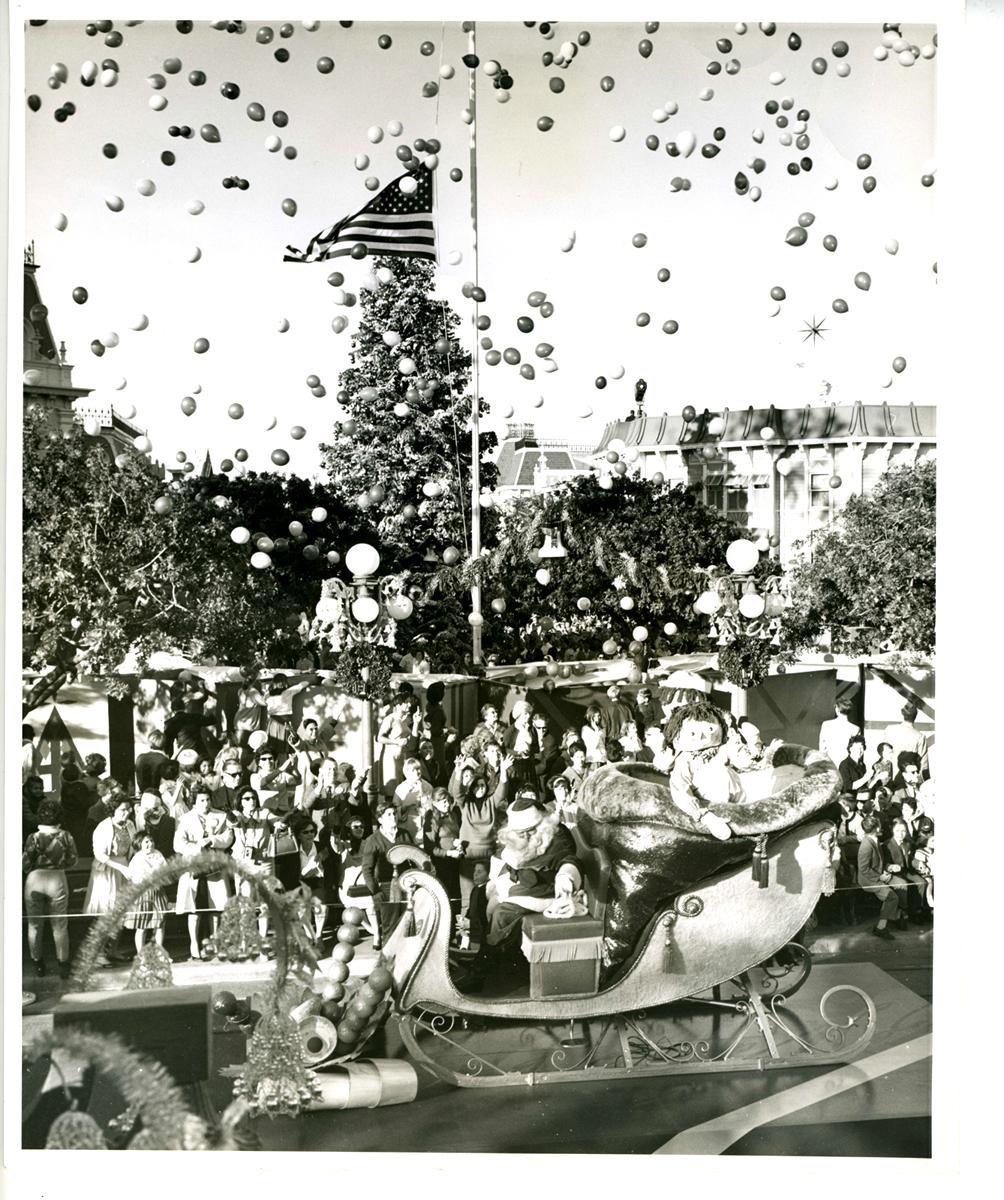 Anciennes Parades des Resorts Américains Christmas42