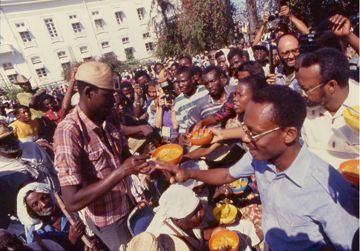 Fanmi Lavalas ; un parti politique moribond Aristidefood
