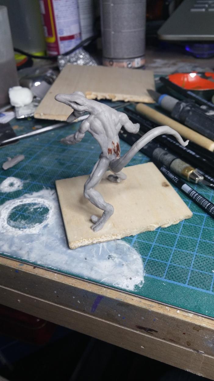 Mutant Velociraptor 6cm MiniSculpture24
