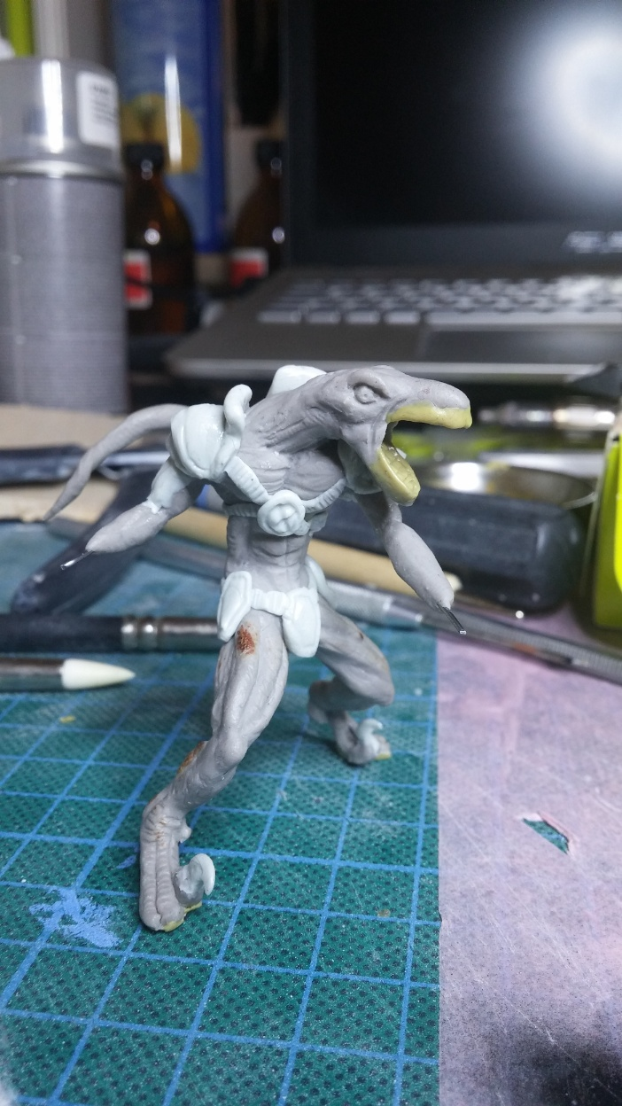 Mutant Velociraptor 6cm MiniSculpture42