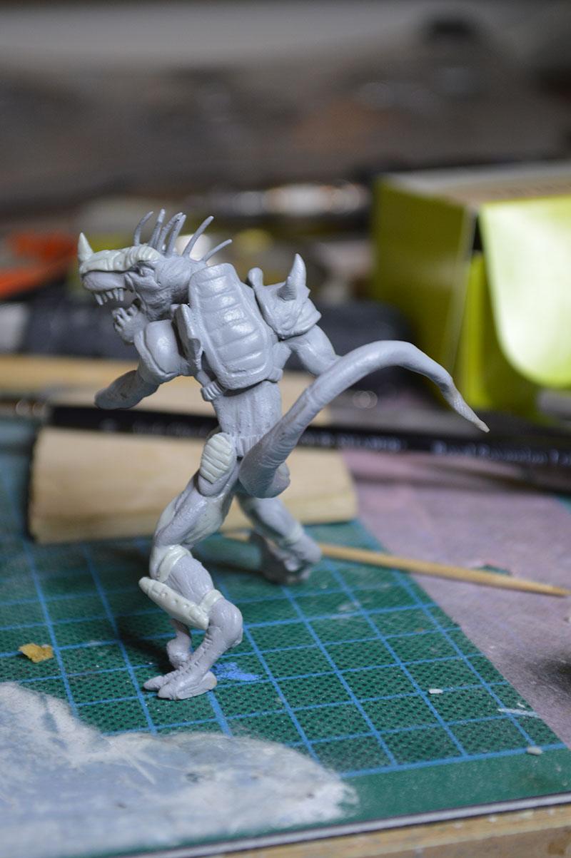 Mutant Velociraptor 6cm MiniSculpture52