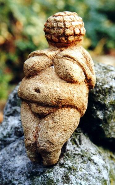 la Consacrazione della Dea Willendorf