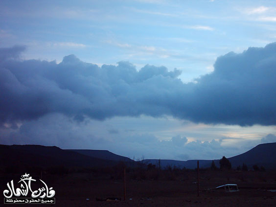 صور للأمطار والسيول على منطقة تبـــوك ... السبت 7 /12 / 1426 هـ  Mk9543_rt16