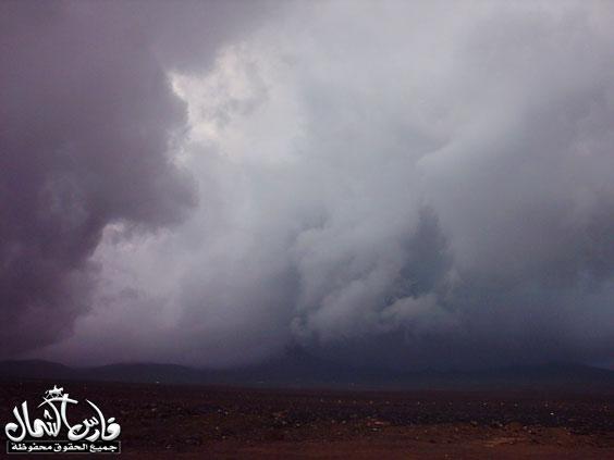 صور للأمطار والسيول على منطقة تبـــوك ... السبت 7 /12 / 1426 هـ  Mk9543_rt19