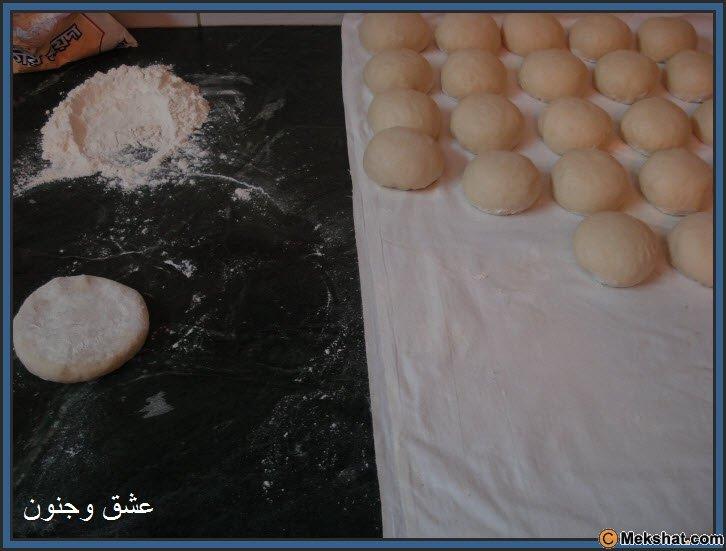 طريقه عمل الخبز بالصور روعه Mk40119_12