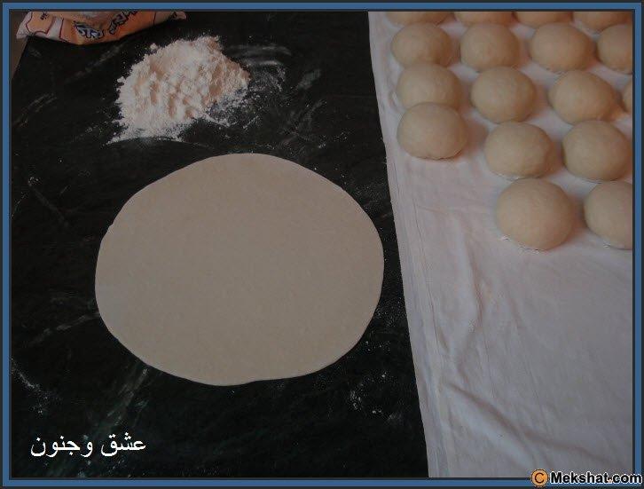 طريقه عمل الخبز بالصور روعه Mk40119_13