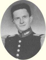 Mon Cdt de Cie,lIeuenant Guy DESFETES, tue en Indo (mon groupe FM était à quelques mètres) Bp-5024878