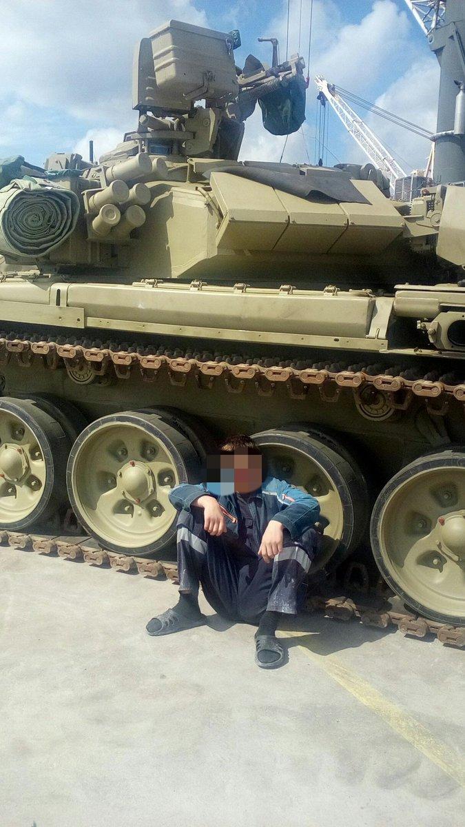 2015 - الجزائر تستلم حزمة ثالثة  من  [ دبابات T-90  ]   - صفحة 11 CnY5_ZZXEAATx07