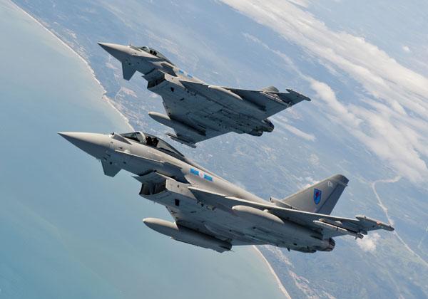 (FULL) Esamir International News Network - Page 3 Eurofighter-Typhoon